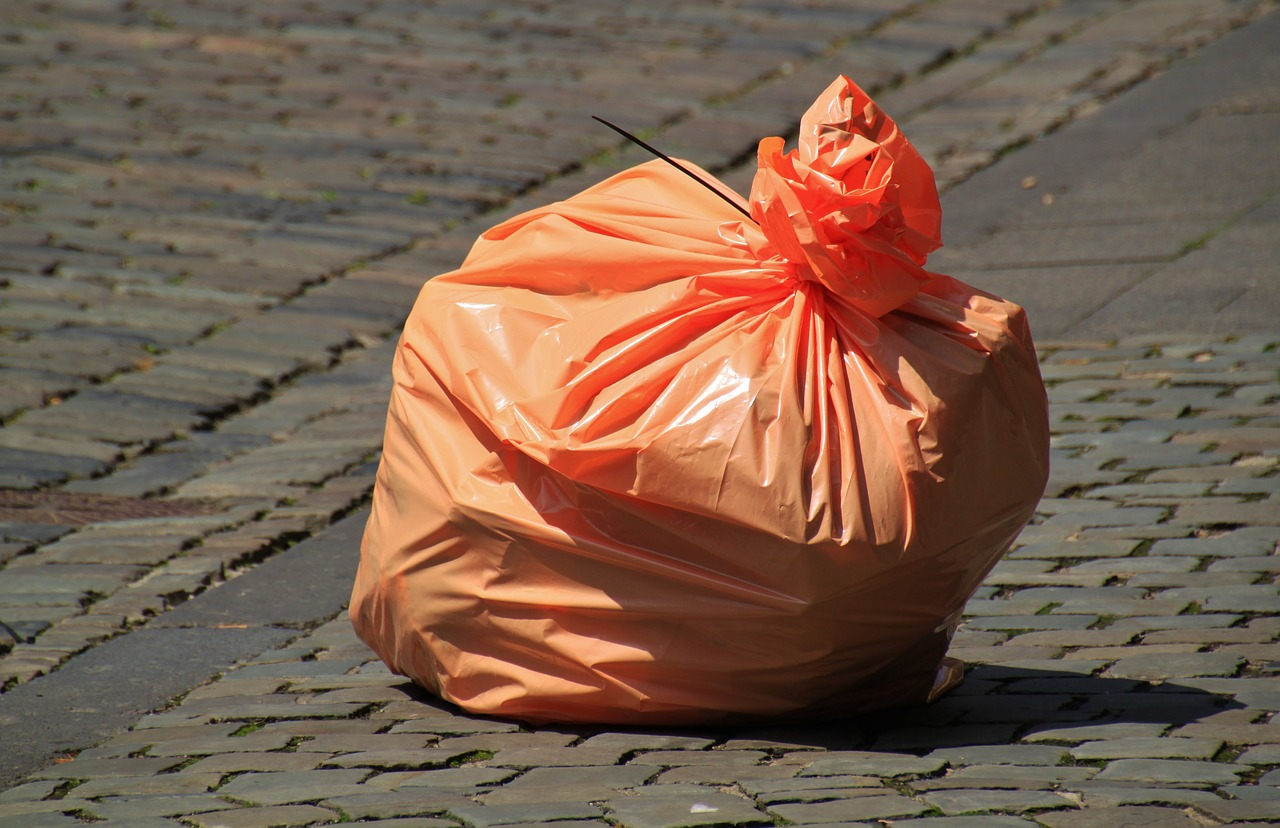 garbage-bag-850874_1280